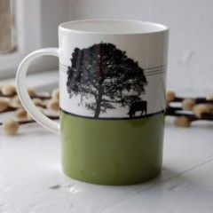 Leeds - Yeadon Bone China Mug