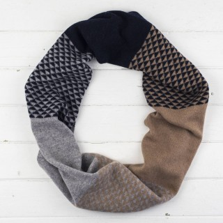 Triangle Circle Scarf - Camel