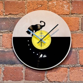 Cat and Mouse Record Style Clock
