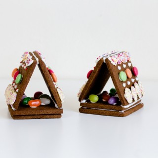 Mini Christmas gingerbread houses biscuits CH008