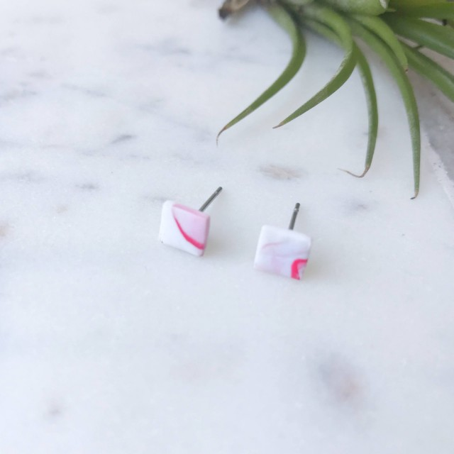 Stud Earrings- Mini Red On White Marble Round
