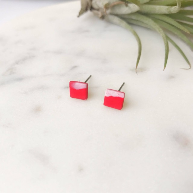 Stud Earrings -mini Red And White Marbled Square