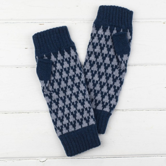 Arrow Knitted Fingerless Mitts - Diesel And Seal