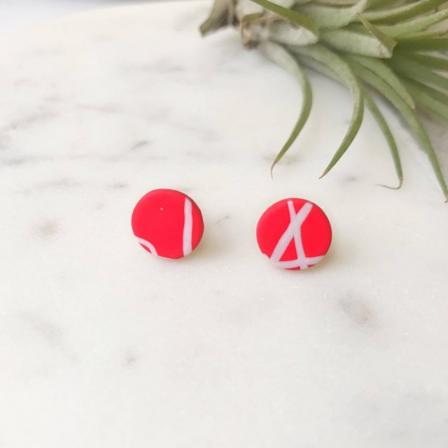 Stud Earrings- White On Red Twig Round