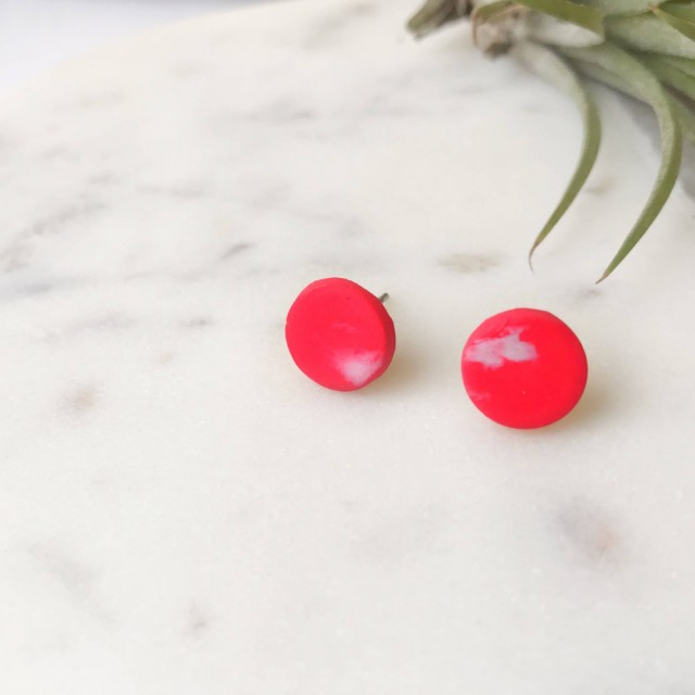 Stud Earrings -red And White Marbled Rounds
